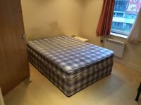 AMAZING DOUBLE ROOM EN-SUIT IN A BEAUTIFUL HOUSE IN ARSENAL//20D