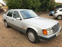 Mercedes 230E 2299cc Petrol Automatic 4 door saloon J Reg 01/08/1991 Silver
