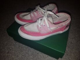 Girls Lacoste Boat Shoes Size 10