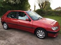Peugeot 306 in excellent condition with full service history and new MOT