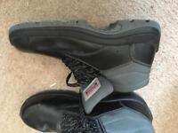Steal toe cap boots
