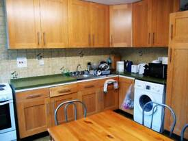 Wonderful double room available in archway just 135 pw no fees