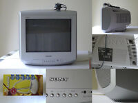 SONY Trinitron Grey COLOUR Small Analogue TV Television KV-14LT1U 14 with Aerial £40 ONO