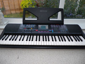 Yamaha Portatone PSR 230 Electric Keyboard