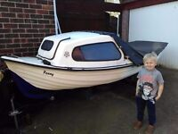 12ft fishing boat with honda outboard engine, trailer, fish finder, life jackets,