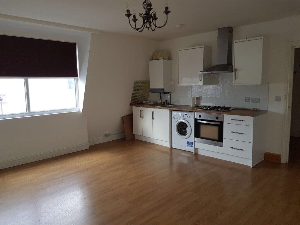 1 Bedroom Newly Refurbished Flat to Rent In