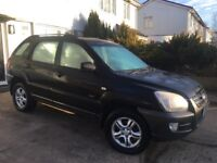Kia Sportage2.0 XE PETROL Black with new 12 months MOT