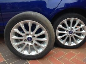 "Alloy wheel 16 "" and 195/50 tyre to suit Ford Fiesta Titanium X."