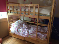 Bunk bed including 2 clean mattresses + 2 memory foam toppers