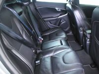 VOLVO V40 D2 R DESIGN LUX 5DR POWERSHIFT Auto (silver) 2014
