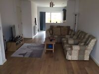 Bright and airy double room overlooking garden close to hospital, station & ASDA