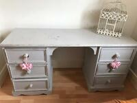Bedroom dressing table/ drawers