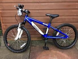 """Saracen Rufftrax Kids bike 20"""" wheels - like new !!!"""