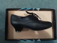 Hard tap / Irish dance shoes. Capezio teletone tap. Size 5.5\euro 8