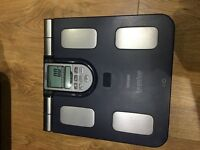 Omron Body Composition Monitor (almost NEW)
