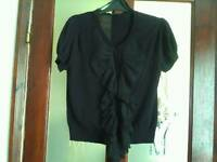 Size 16 black top