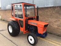 Kubota 4WD diesel compact tractor, 3 cylinder Diesel with a cab