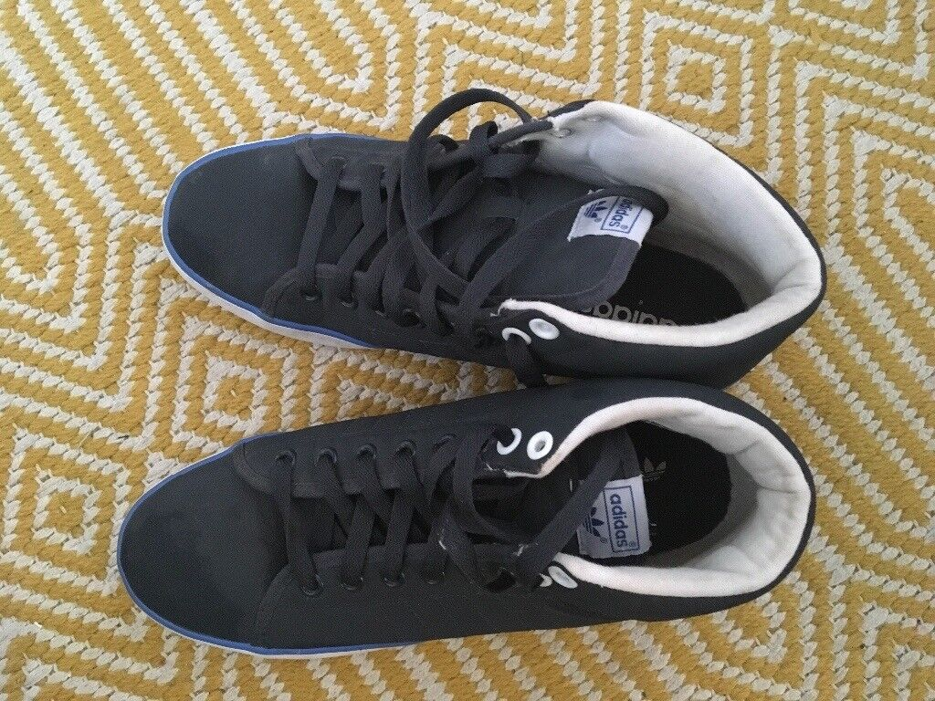 Adidas canvas boots men's size 8
