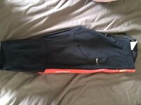 Nike 3/4 tights size small