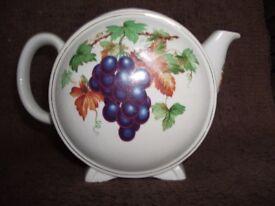 Ringtons teapot.