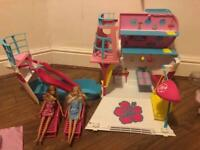 Barbie cruise ship with 2 barbies