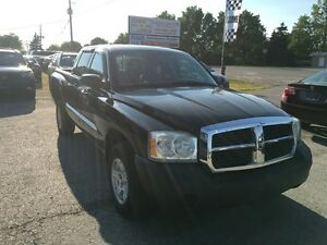 2005 Dodge Dakota ST **V8**ONLY 96KM****