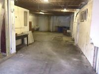 1,300 sq ! (approx) Storage Unit To Let - Immediately Available - Hanworth near A316