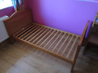 TODDLER BED & MATTRESS