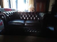 Superb leather 2 seater Chesterfield Thomas Lloyd sofa. Very good condition