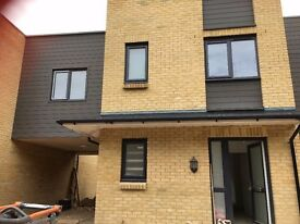 3 bedroom Brand New link detached house with carport in Hastings