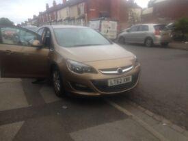 Cheap Vauxhall Astra 1.4 i VVT 16v Exclusiv 5dr