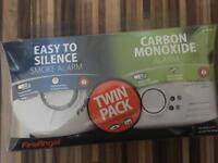 Carbon monoxide and smoke alarm twin pack