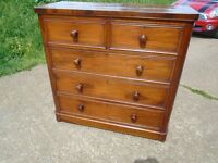 Lovely Antique Mahogany Chest of Drawers Good Condition Delivery Can Be Arranged.