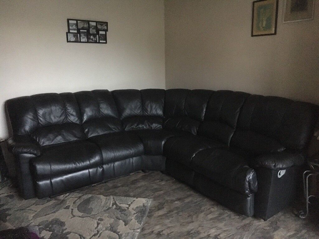 Black Leather Corner Sofa In Huddersfield West