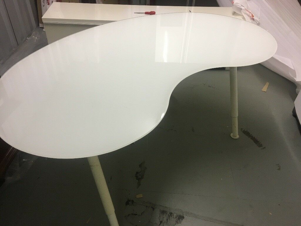 Free Ikea Frosted Glass Kidney Shaped Desk