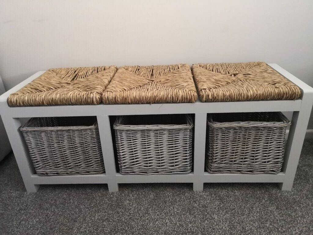 Awesome Wicker Storage Bench In Lyneham Wiltshire Gumtree Onthecornerstone Fun Painted Chair Ideas Images Onthecornerstoneorg
