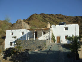 Rent a 5-bed historic ecolodge in eastern Andalusia, Spain to run as a retreat, holiday place or B&B
