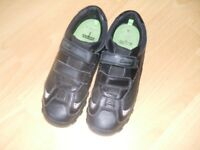 Boys Clarks Black Leather School Shoes size 3 1/2 F