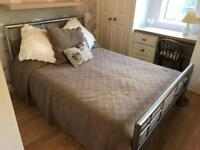 Modern style metal tube double bed