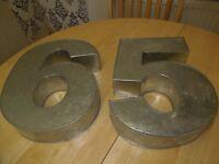 Number metal cake tins
