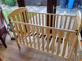 pine baby cot