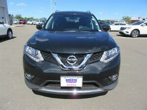 2016 Nissan Rogue SV, $$177 Bi-wkly, $6325 in price adjustments