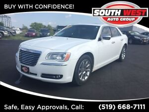 2012 Chrysler 300 Limited, LEATHER, PANO-ROOF, LOADED!!!