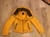 Ladies Zara coat..ex condition size 8-10