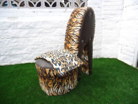 ***LARGE SHOE STYLE CHAIR WITH COVER EYE CATCHING FURNITURE CAN DELIVER***