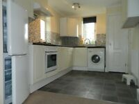 3 bedroom flat to rent in Whitton, TW2