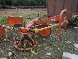 haybob tractor