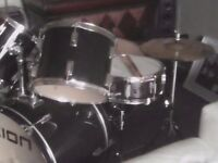ION DRUM KIT IN BLACK excellent for beginner.