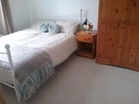 Double room furnished in homely town house