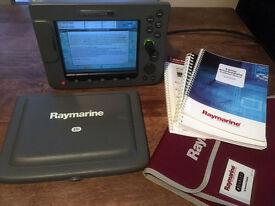 RAYMARINE E80 NETWORKED DISPLAY CHARTPLOTTER RADAR WITH NAVIONICS CHART